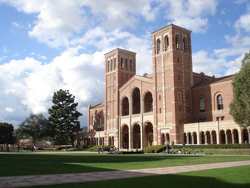 UCLA(カリフォルニア大学ロサン...